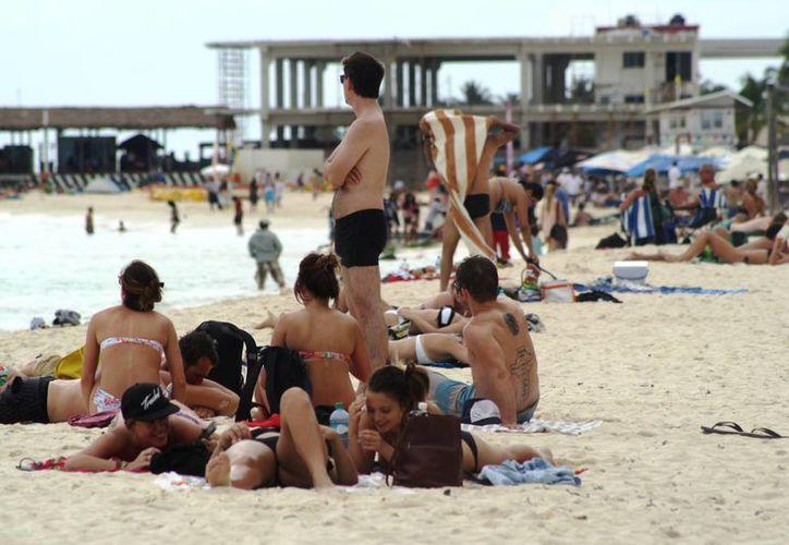 Se espera que en 2014 la Riviera Maya supere su propio récord en llegada de turistas, por segundo año consecutivo. (Octavio Martínez/SIPSE)