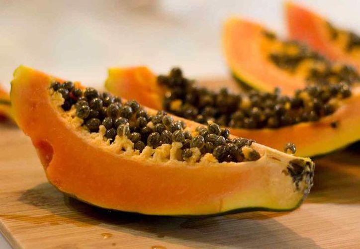 La papaya es una fruta reducida en azúcares, y recomendada para pacientes con diabetes. (Foto: Contexto)