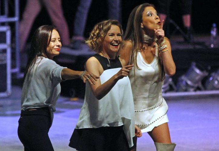 Las integrantes de Flans  aún ejecutan las mismas coreografías de hace años, cantan como antes. (Notimex)