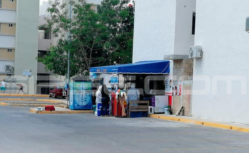 El asesinato ocurrió en esta tienda sobre la calle Amate de la Región 255. (Redacción/SIPSE)