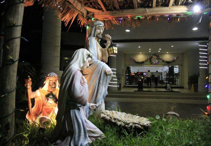 El equipo de Novedades Quintana Roo les desea una feliz Navidad. (Luis Soto/SIPSE)