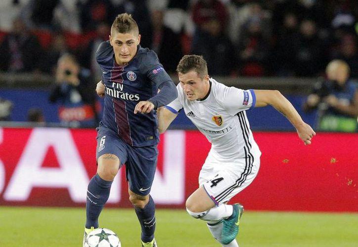 Hace algunas temporadas, el mediocampista Marco Verratti del PSG fue pretendido por el Real Madrid, sin embargo, decidió quedarse en París debido a que en ese momento estaba feliz con el club francés. (Archivo/ AP)