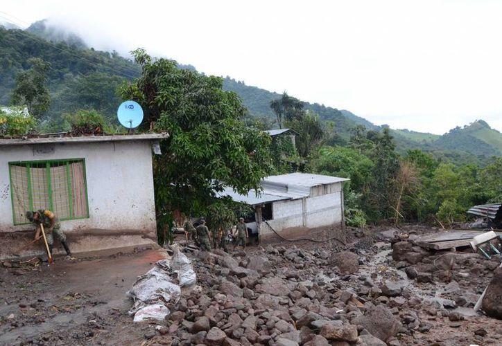 """La tormenta tropical """"Fernand"""" dejó severas afectaciones en la comunidad Roca de Oro, Veracruz. (Archivo/Notimex)"""