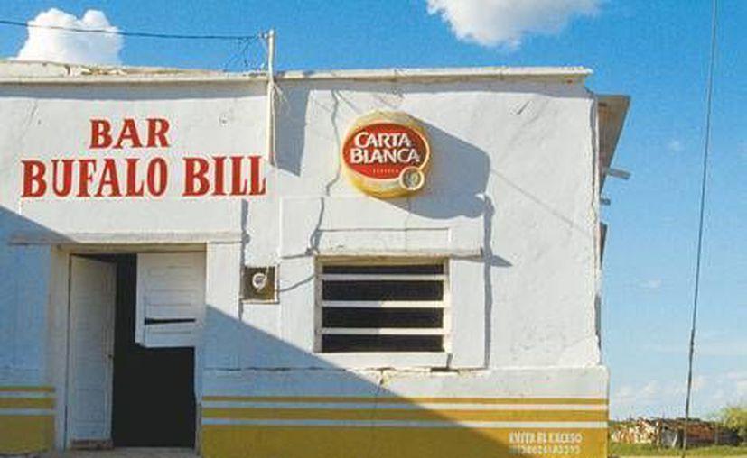 Hasta un bar tenían para los ratos de ocio los trabajadores de Rafael Caro Quintero. (MILENIO)