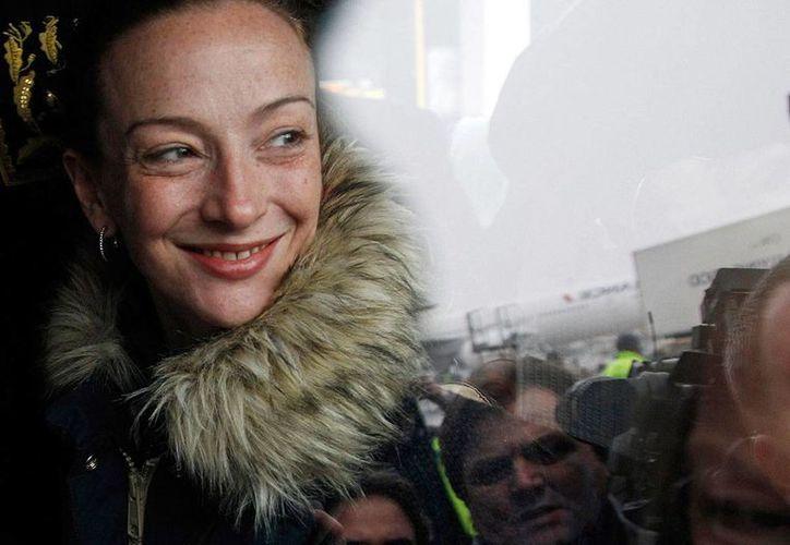 La francesa Florence Cassez había sido condenada a 60 años de cárcel por delincuencia organizada y secuestro, pero recobró su libertad por fallas al debido proceso, según determinó la Suprema Corte. (Archivo/AP)