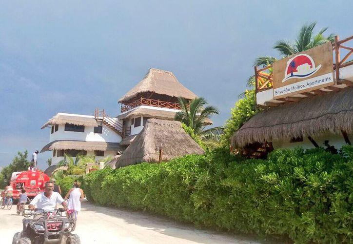 Los habitantes y turistas fueron afectados por los apagones eléctricos. (Redacción)