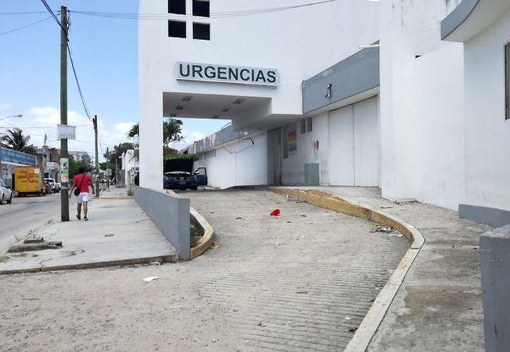 El antiguo hospital luce abandonado por las autoridades. (Ivette Ycos/SIPSE)