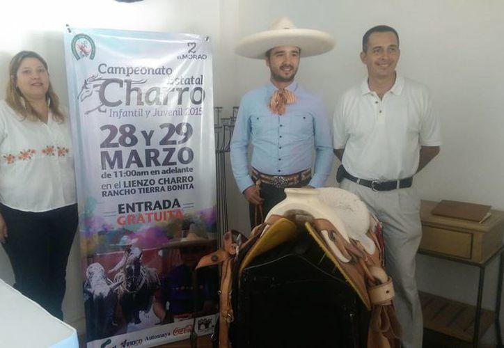 El próximo sábado y domingo habrá competencias de charros menores de edad en el lienzo charro del rancho 'Tierra Bonita', a la entrada de la  comisaria de Dzityá. (SIPSE)