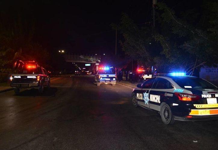 Un peatón perdió la vida al ser atropellado por un motociclista en el bulevar Playa del Carmen. (Redacción/SIPSE)