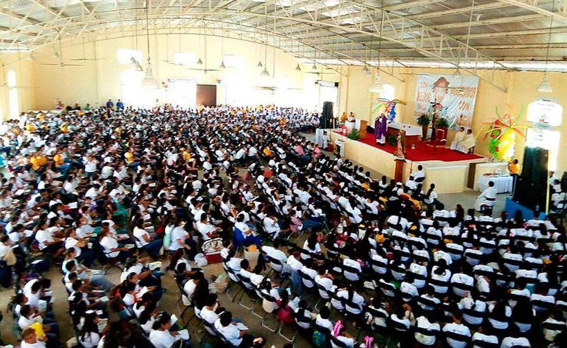 Monseñor Pedro Pablo Elizondo presidió la decimoprimera edición del encuentro. (Jesús Tijerina/SIPSE)