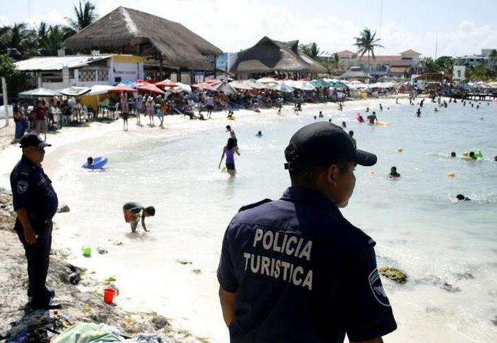 Habrá vigilancia permanente en las playas, lugares turísticos y puestos carreteros de los seis municipios la zona norte. (Redacción/SIPSE)