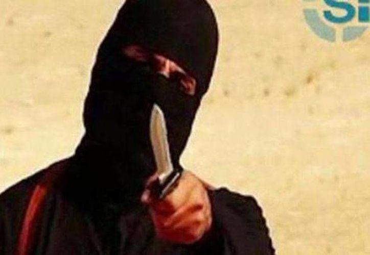 'John el yihadi' tiene 25 años de edad y se dio a conocer por su marcado acento británico al hablar. (Captura de pantalla/channelnewsasia.com)