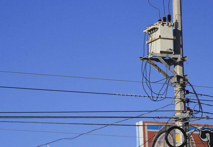 Se espera una reducción en las tarifas de la Comisión Federal de Electricidad hasta en un 40 por ciento. (Harold Alcocer/SIPSE)
