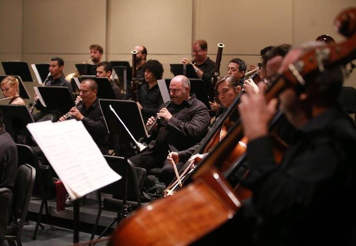La OSY continúa este fin de semana con el ciclo de conciertos dedicados a Beethoven. Las funciones serán en los horarios conocidos: viernes por la noche y domingo al medio día. (Facebook: OSY)