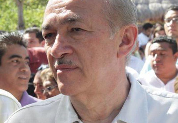 Luis González Flores, titular de la Sedari, dijo que los recursos se destinarán para el campo, ganadería y pesca. (Adrián Barreto/SIPSE)