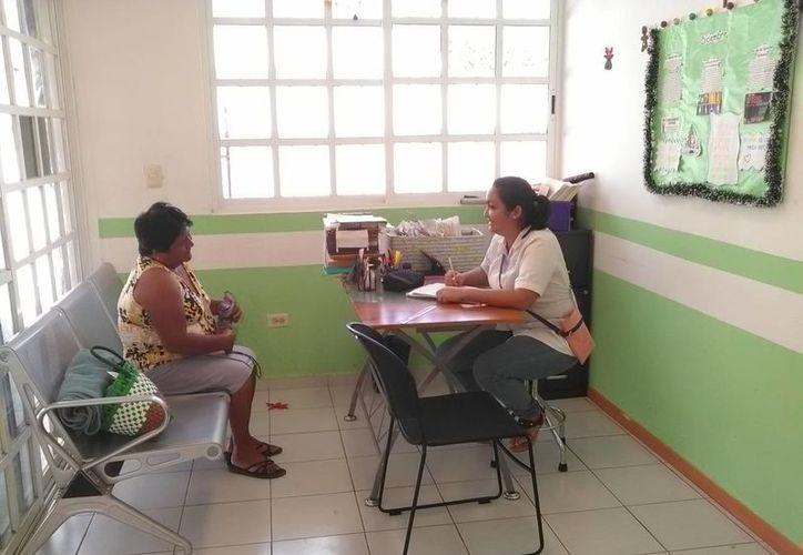 Los servicios del dispensario van desde atenciones básicas como gripes, malestares generales, curaciones, y primeros auxilios. (Pedro Olive/SIPSE)