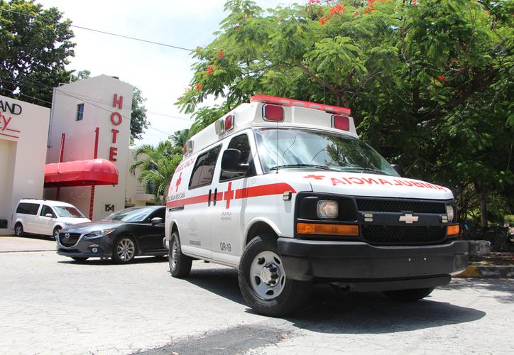 La falta de cultura vial provoca que los paramédicos tarden más en llegar al lugar de una emergencia. (Paola Chiomante/SIPSE)