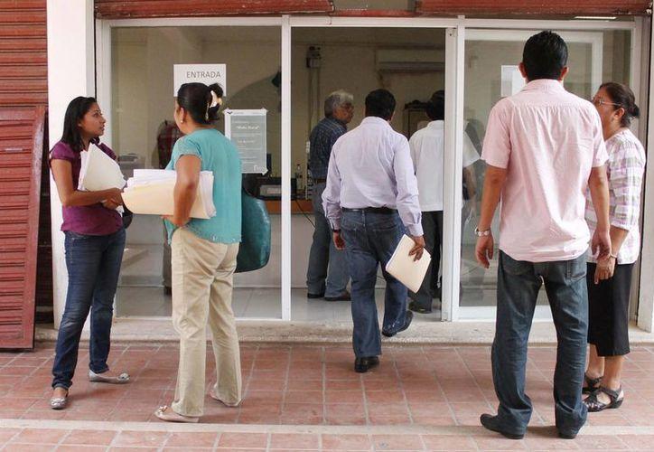 Siguen llegando trabajadores con quejas a la  Secretaría del Trabajo y Previsión Social del Estado. (Harold Alcocer/SIPSE)