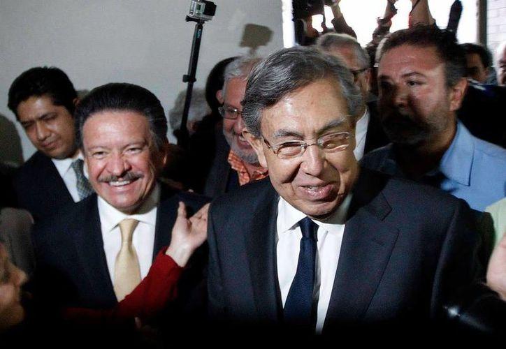 Cárdenas y Navarrete, actual titular del partido, sostuvieron un encuentro la tarde del martes. (Facebook/Carlos Navarrete Ruiz)