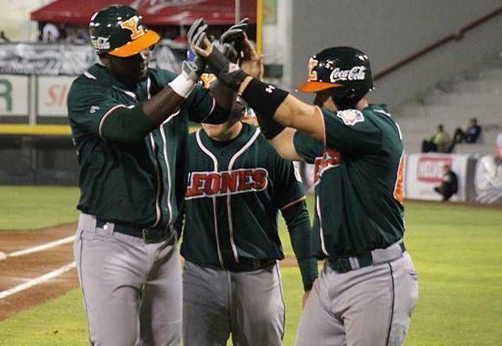Con la victoria del sábado ante Toros de Tijuana, Leones de Yucatán continúa en el segundo lugar de la zona sur, de la Liga Mexicana de Beisbol. (SIPSE)
