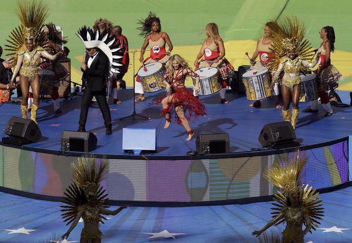 Shakira interpretó en Maracaná su segundo tema mundialista, pues el primero fue el Waka waka en Sudáfrica 2010. (Fotos: AP)