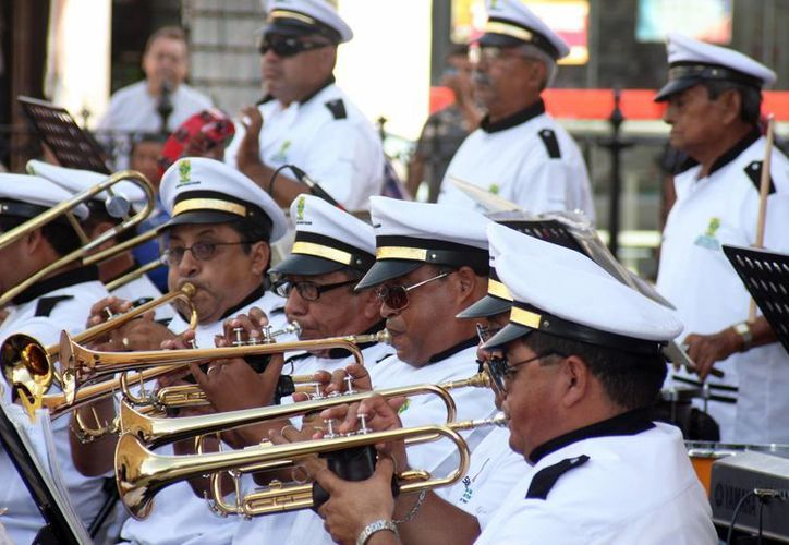 La X Región Militar busca músicos para formar una Banda. (Milenio Novedades)
