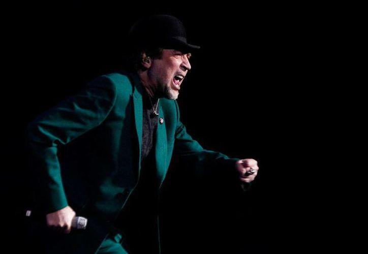 El cantautor español Joaquín Sabina lanza doble material (disco de música más videodisco) que recopila parte de su gira '500 noches para una crisis'. (Archivo/NTX)