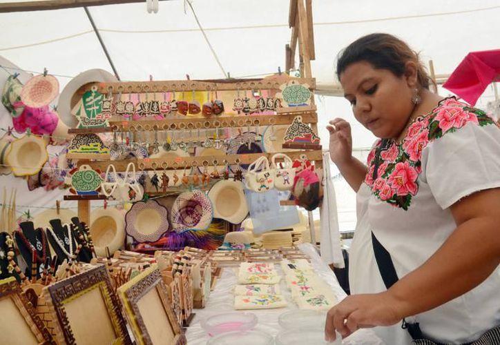 Al evento asistirán más de 30 creadores de productos artesanales, así como diversas representaciones artísticas de la entidad. (SIPSE)