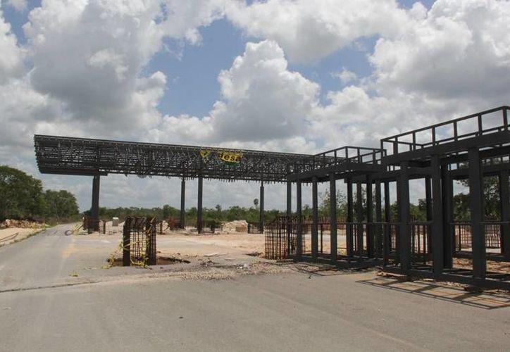 La SCT pagará por las afectaciones a las tierras afectadas por la construcción de dos puentes elevados. (Manuel Salazar/SIPSE)
