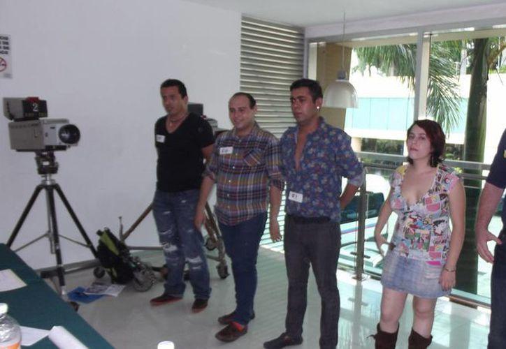 Muchos jóvenes, en su mayoría yucatecos, hicieron frente a tres filtros del casting para tratar de integrarse a Big Brother. (SIPSE)