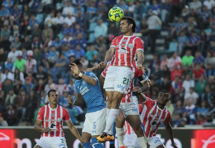 La gran parte de los partidos del Clausura 2017 de la Liga MX serán transmitidos por Televisa, TV Azteca y el nuevo canal Imagen.(Notimex)