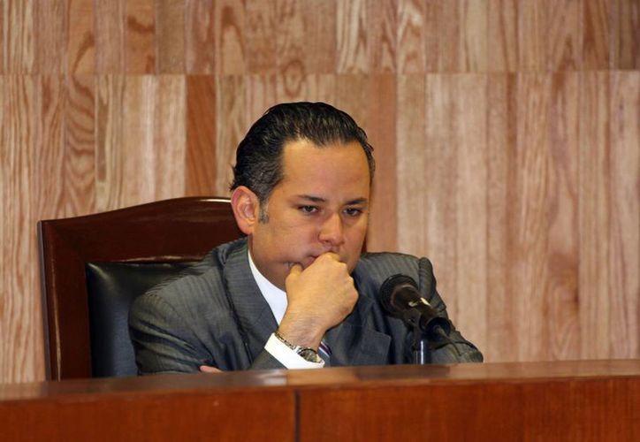 Será hasta dentro de cuatro meses cuando se determiné si Santiago Nieto Castillo incurrió o no en un delito. (Agencia MVT)
