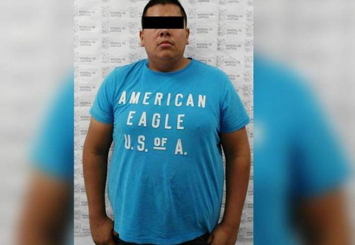 Los oficiales lo detuvieron luego de percatarse que existía una orden de aprehensión contra él. (Contexto/Internet).