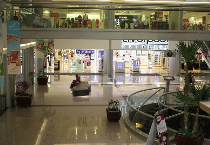 Instalarán una tienda Soriana en Plaza Kukulcán. (Sergio Orozco/SIPSE)