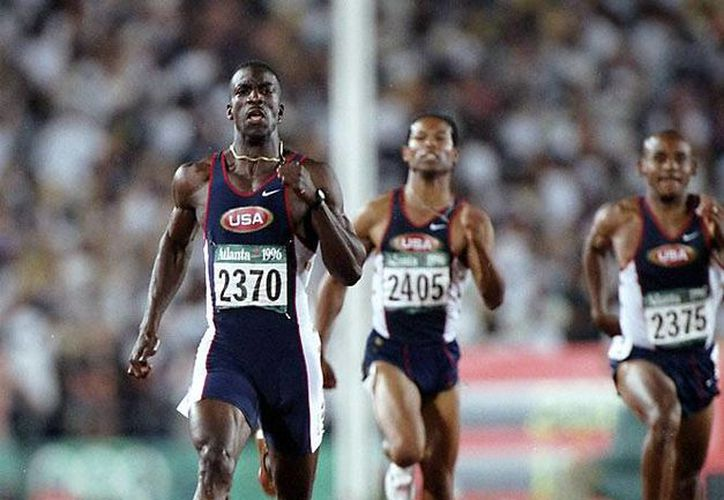 Michael Johnson, quien aún ostenta el récord mundial de los 400 metros planos, impuesto en Berlín en 1999, trabajará para que Brasil quede entre los cinco primeros lugares del medallero en las paralimpiadas de Río de Janeiro. (sikids.com/Foto de archivo)