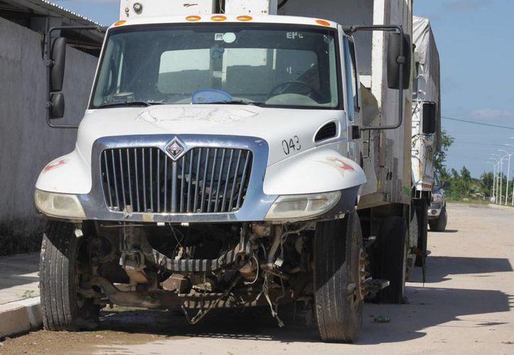 Con el monto recaudado pretenden darle reparación a las mermadas unidades de recoja de basura. (Enrique Mena/SIPSE)