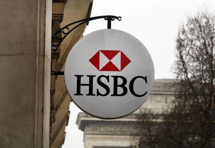 La sede en Londres de HSBC indicó que los datos dados a conocer el lunes corresponden a ocho años atrás, y que desde entonces ha establecido medidas estrictas para evitar el lavado de dinero. (AP)