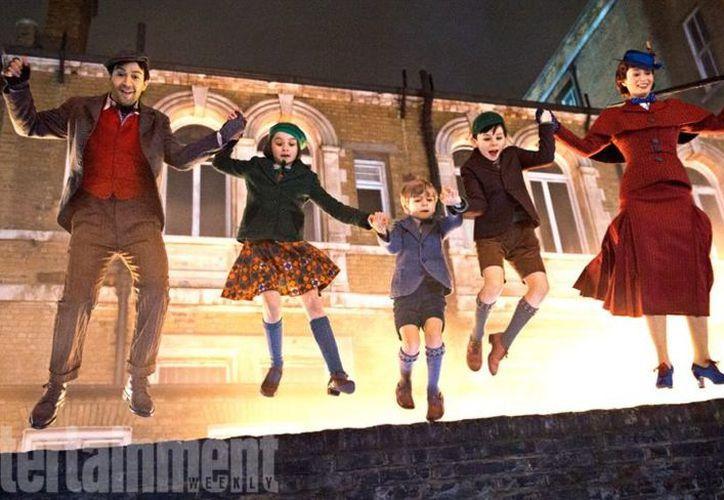 Mary Poppins Returns está ambientada en 1930, durante la era de depresión en Londres. (Foto: Entertainment)