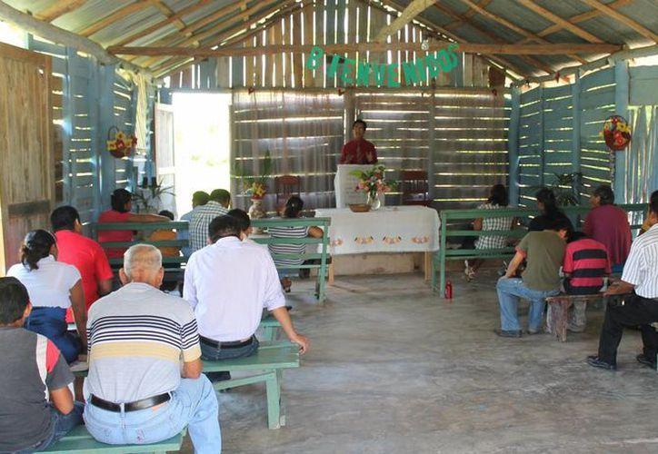 El Pueblo Mágico alberga alrededor de 11 templos de diferentes religiones. (Carlos Horta/SIPSE)