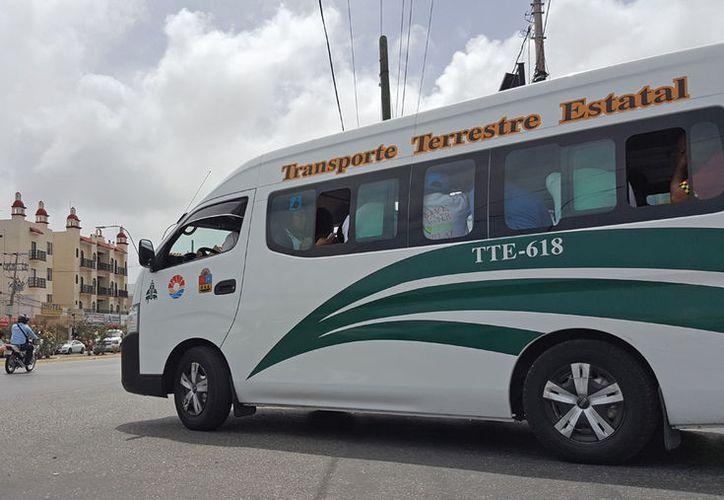 La empresa TTE suspendió temporalmente el alza en el transporte. (Jesús Tijerina/ SIPSE)