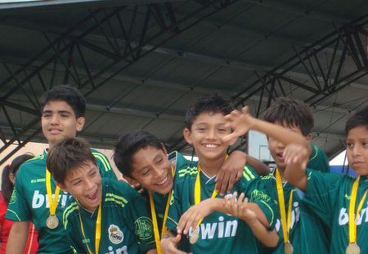 Tanto en infantil mayor como en juvenil menor, los equipos meridanos ganaron en penales. (SIPSE)