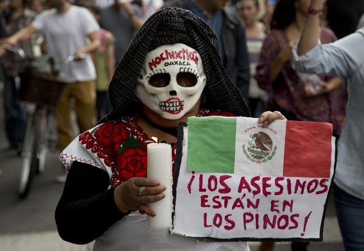Las autoridades estiman que unas tres mil personas participaron en la movilización.  (AP/Eduardo Verdugo)