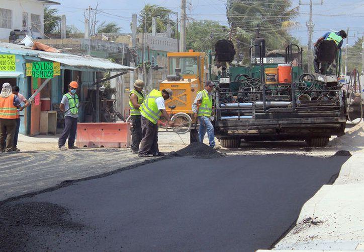 La concesionaria repavimentará más de 30 calles en la región. (Jesús Tijerina/SIPSE)
