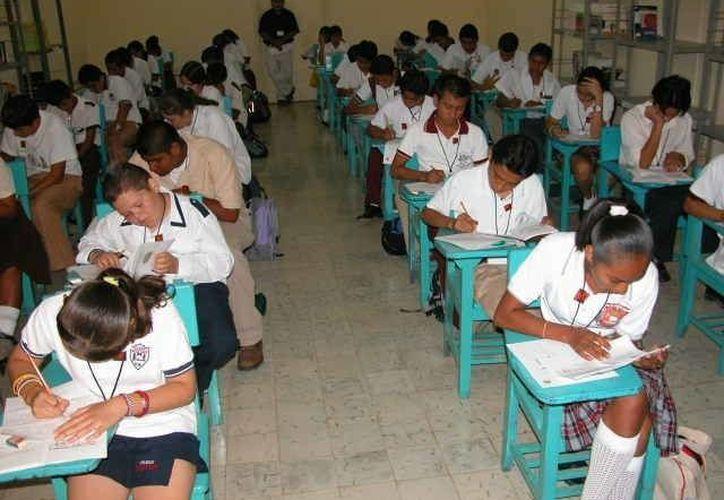 Autoridades educativas pretenden apuntalar las acciones y trabajos para remontar los resultados estadísticos en materia de educación. (Manuel Salazar/SIPSE)