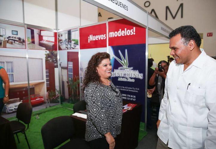 Zapata Bello aseguró que una de las prioridades de su gobierno es impulsar la vivienda para los trabajadores. (Cortesía)