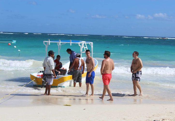 En Tulum 35 embarcaciones cuentan con permisos y están matriculadas debidamente. (Foto: Sara Cauich/SIPSE)