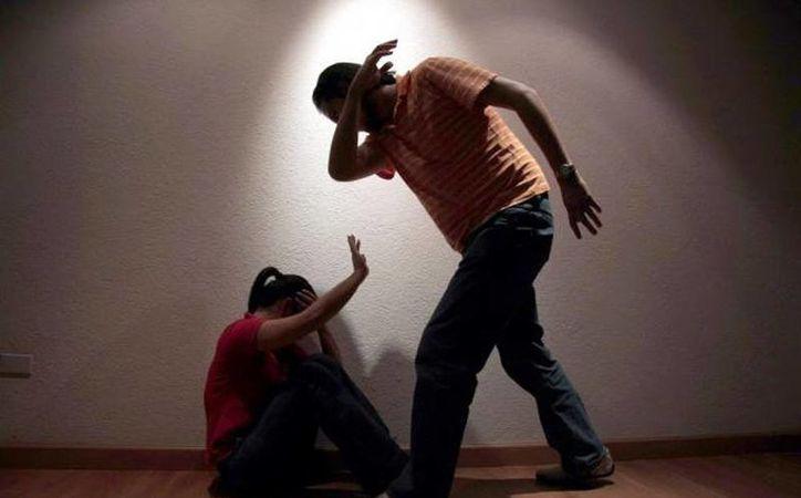 Sólo el 13 por ciento de las mujeres que sufren de violencia presentan una denuncia ante las autoridades. (Archivo/ SIPSE)