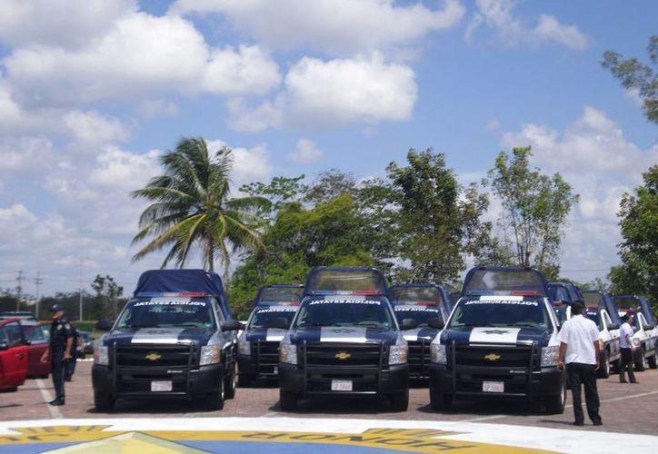 Autoridades se preparan para garantizar la seguridad. (Harold Alcocer/SIPSE)