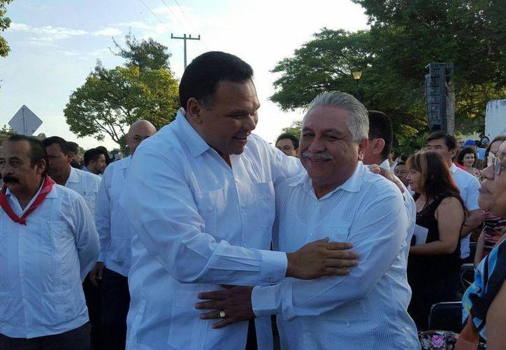 El gobernador Rolando Zapata presidirá este lunes la entrega de parque vehicular y equipamiento a los Servicios de Salud de Yucatán. (SIPSE)