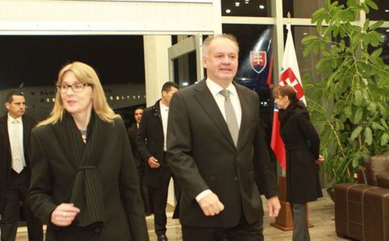 Llega a México el presidente eslovaco Andrej Kiska
